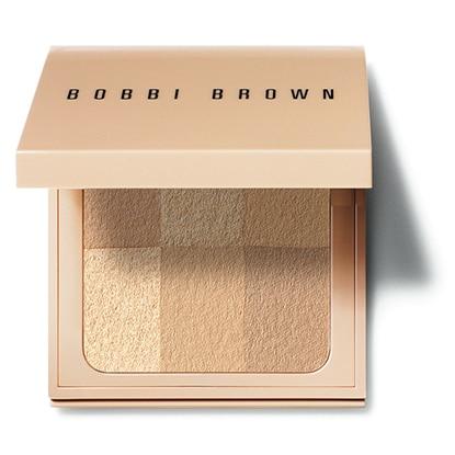 Bobbi Brown Nude Finish Illuminating Powder in Golden